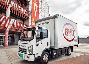 Caminhão leve BYD eT6