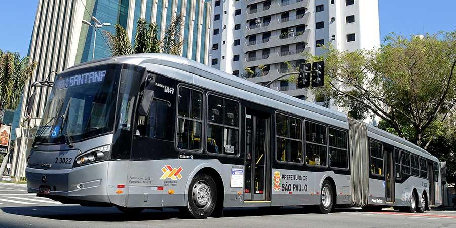 Mercedes-Benz destaca vantagens do Biodiesel HVO para frotas de ônibus